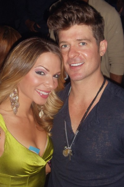 Chelsea_Dawn__Robin_Thicke