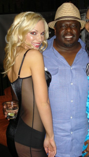 28_Chelsea_Dawn__Cedric_the_Entertainer