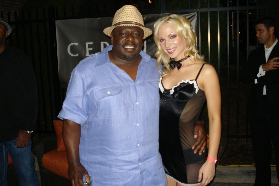 49_Cedric_the_Entertainer__Chelsea_Dawn